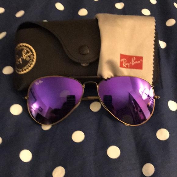 71e3d700c474d Purple mirrored Ray-Ban aviators 😎. M 5a93819b00450fb1cdfdff87
